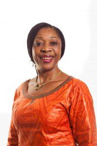 portrait de Rose Fotso gerante des centres du Vernet au Cameroun et nutritionniste à Douala